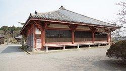 浄土堂(西側、格子に注目)。