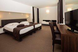 Standard Triple Guest Room
