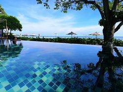 Relax time at The Journey Bar & Restaurant, Casa De Mar Koh Samui, Thailand.