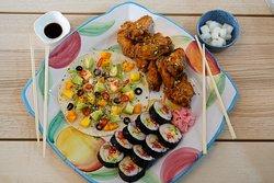Combo Baby menu for 2 family member : Chiecken Wing 9 pcs, Korean kimbab and Tortilla Pizza