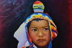 Půvabný obraz malého peruánského chlapce v muzeu Litico Pukara