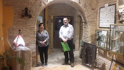 Parejita chilena descubriendo las entrañas de la ciudad, y conoxiendo la extensa historia de Toledo. Mil gracias y hasta pronto 😉.
