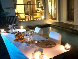 Pool dinner