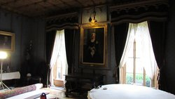 Queen Victoria pic in the Dining room ..