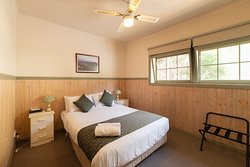 Log Cabin - Bedroom