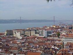 Lisboa and the 25th of April Bridge