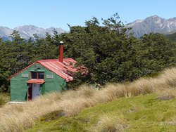 Mt. Robert Bush Line Hut