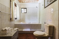 Lapis Room with large ensuite bathroom and private balcony