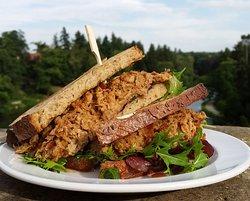 Pulled pork sandwich with our special onion chutney