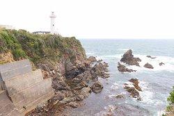 岬に建つ白亜の灯台