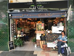 CHUU Salad and Juice Bar