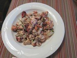Octopus salad as a take-away