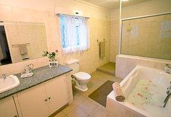 Bathroom for Room 5 - Durban July