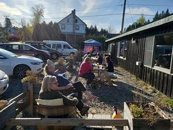 Tunes and sun in the beer garden!