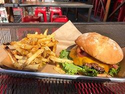 Bacon Chedda Burger