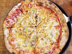 Ultra-thin Medium Mozzarella 7 Gorgonzola Cheese Pizza $5.99