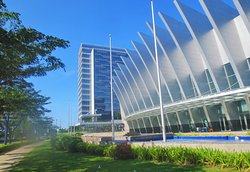 The view of the hotel with the Iloilo Convention Center on the right.