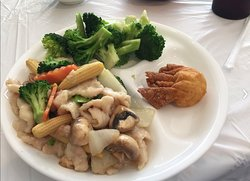 Lunch Combo Chicken with Mixed Vegetables