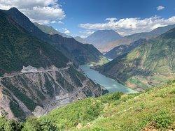 Far from Lijiang, regular lake seeing