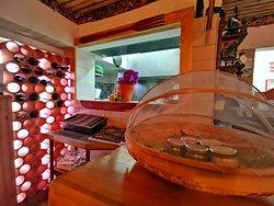 Cozinha | Garrafeira | Bar - R/C Foto by Hugo Vargas
