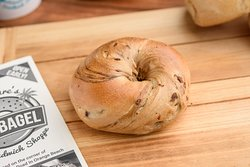 Authentic NY Bagels Cinnamon Raisin