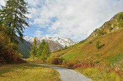 Walk to the Bergbahnen
