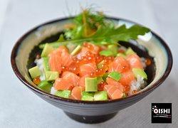 #Oyakodon, piatto unico ricco e gustoso 🍲🍣🍱 . ⭕️ E'uno dei piatti più veloci e popolari della cucina giapponese, tanto amato sia dai bambini che dagli studenti universitari ⭕️ . La versione classica prevede il pollo e l'uovo come ingredienti principali. Vi inviatiamo a gustare la sfiziosa variante di pesce, con salmone e uova di salmone! . ▶️ https://www.oishifollonica.it/oyakodon/ . Ti aspettiamo con le specialità della #cucinagiapponese presso il #RistoranteOishi a Follonica (GR)! 😄😋😉