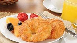 MH Williamston Williamston NC Property BreakfastArea