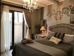 Juba bedroom