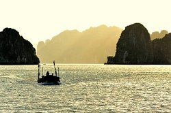 Indochina Junks Adventures