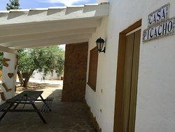 Exterior y porche de casa Picacho (4 dormitorios y4 baños independientes)