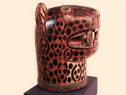 Ni hablar del Kero con la talla de la cabeza de un jaguar