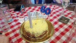 La torta obsequio de Almacen Fronteras..!!