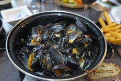 Mussels prepared to perfection!