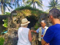 DMZ Deluxe Tour Vietnam Hue city Quang Tri province