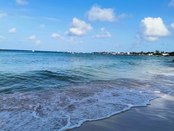 One of the many beautiful beaches in Barbados call locally as Miami Beach