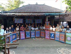 Widya's Batik Class