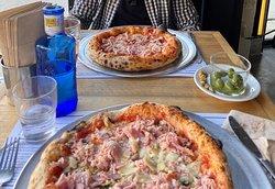 Pizza Romana y Pizza Prosciutto e funghi