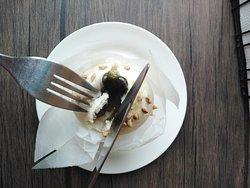 Vegan Matcha Lava Muffin
