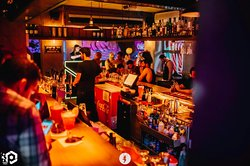 Dizzy Frishdon Bar & Club