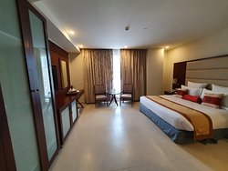 Good Comfortable Stay in Gulberg Lahore