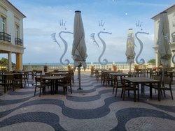 Frühstück mit Atlantik-Blick im Restaurant Tempera