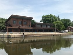 Illinois Waterway Visitor Center