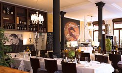 Holbein's Cafe Restaurant im Stadel