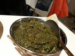 Palak mutton ossia agnello cotto con spinaci e spezie