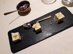 I desserts : Torta di cocco con pistacchi e ricotta con miele