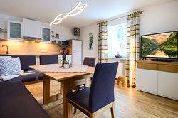 App. Bernstein Küche und Wohnzimmer
