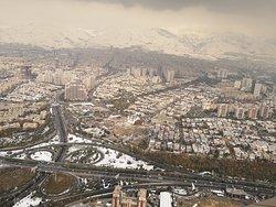 Blick vom Milad Tower in Teheran.