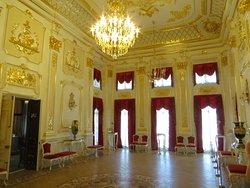 золотой зал...