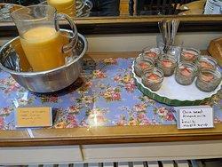 breakfast juice and chia seeds